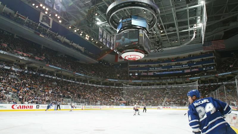 Maple Leafs offer only 96 seat tickets to general public for first playoff game, report says
