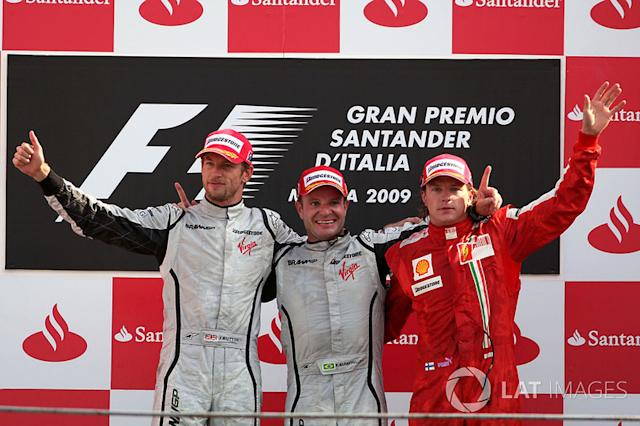 "Galvão Bueno: ""Rrrrrubens Barrichello do Brasil!"" <span class=""copyright"">Sutton Motorsport Images</span>"