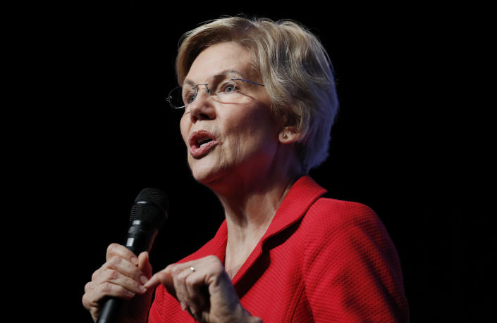 Warren addresses a fundraiser for the Nevada Democratic Party in Las Vegas on Tuesday. (Photo: John Locher/AP)