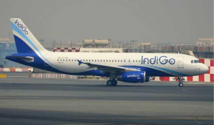 IndiGo woos Jet Airways' pilots, offers compensation for overdue salaries