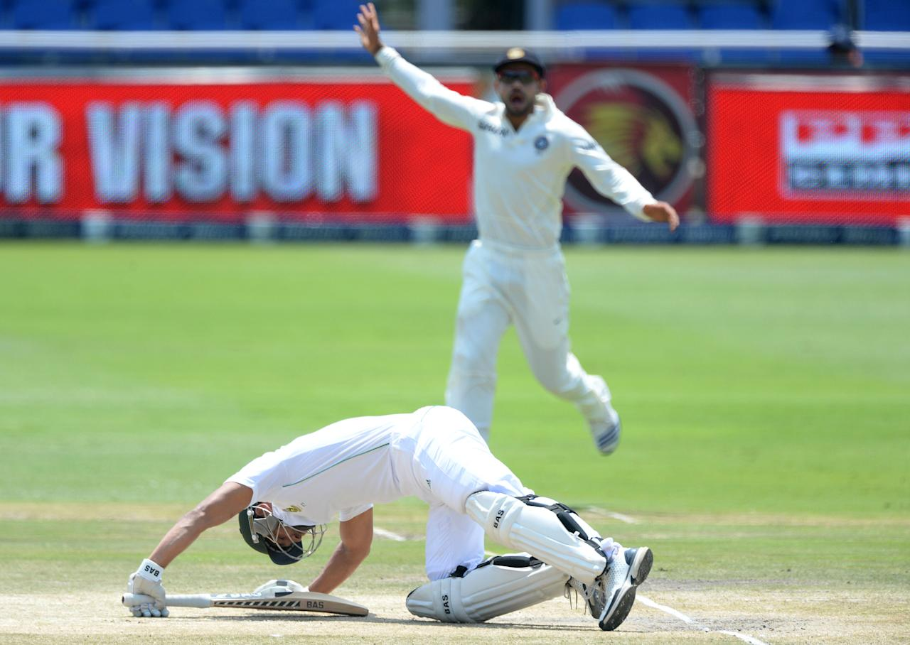 JOHANNESBURG, SOUTH AFRICA - DECEMBER 22:  Alviro Petersen of South Africa gets floored by a yorkerduring day 5 of the 1st Test match between South Africa and India at Bidvest Wanderers Stadium on December 22, 2013 in Johannesburg, South Africa. (Photo by Duif du Toit/Gallo Images/Getty Images)