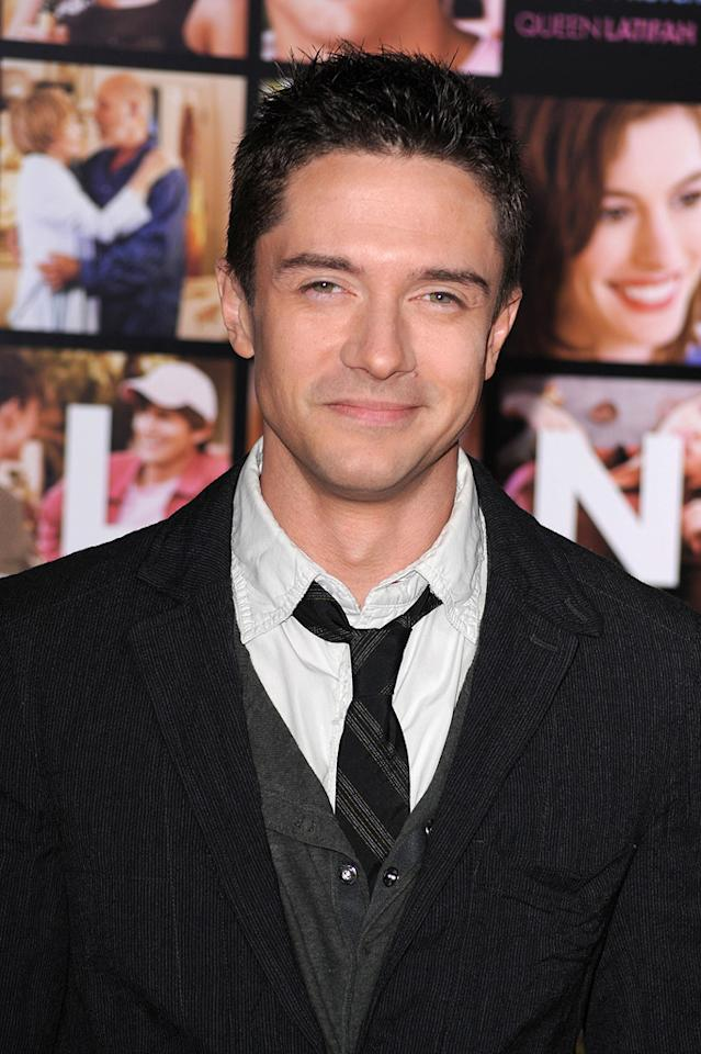 "<a href=""http://movies.yahoo.com/movie/contributor/1804147074"">Topher Grace</a> at the Los Angeles premiere of <a href=""http://movies.yahoo.com/movie/1810094501/info"">Valentine's Day</a> - 02/08/2010"