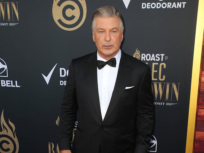 Alec Baldwin and family scammed by fake Statue of Liberty tour operator