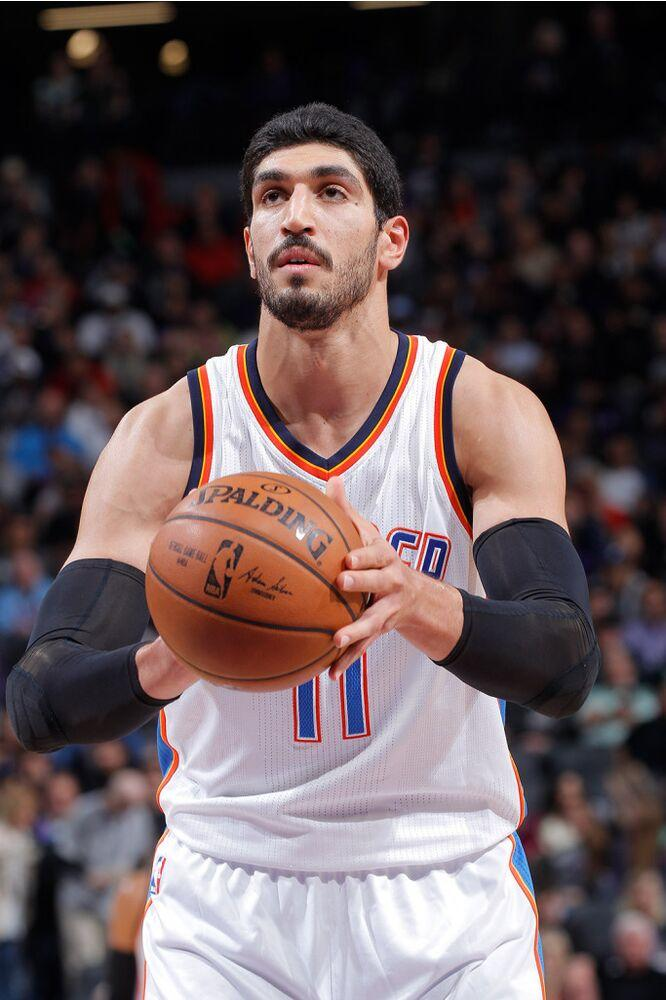 Enes Kanter with his former team | Rocky Widner/Getty Images