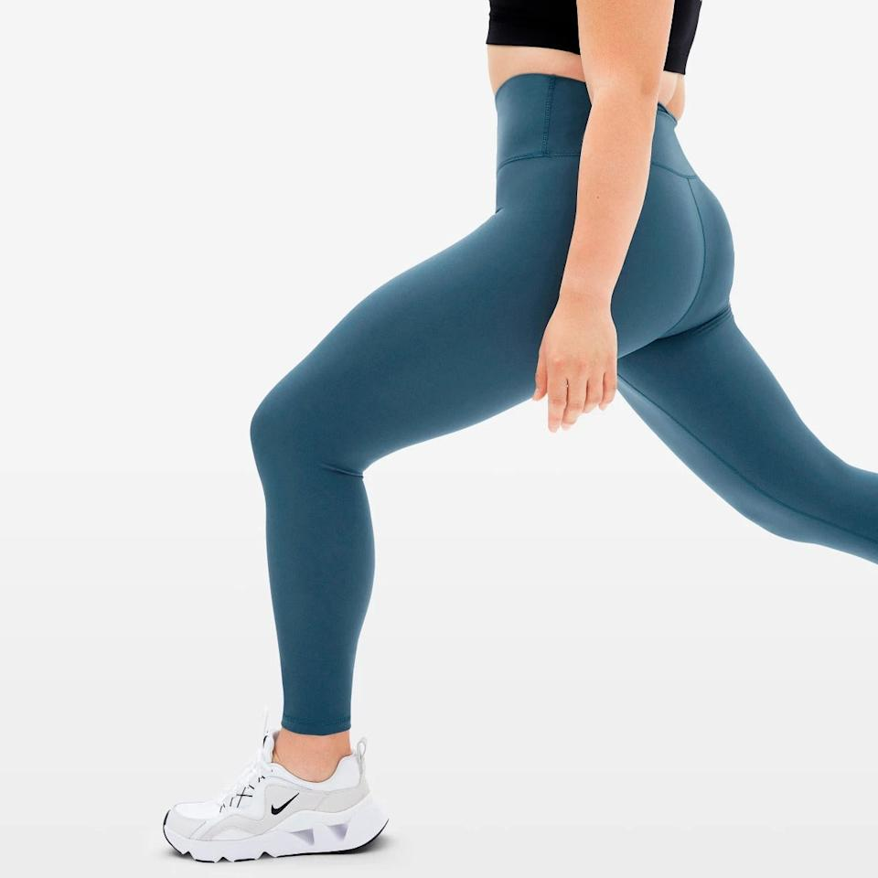"""<h2>The Perform Legging</h2><br>Made from 58% recycled nylon, these beloved Everlane bottoms are just the ticket for both light exercise and heavy lounging. """"Beautiful fabric, good compression, medium weight,"""" raved a reviewer. """"These leggings are so comfortable and they can be worn for workouts and leisure.""""<br><br><strong>Everlane</strong> The Perform Legging, $, available at <a href=""""https://go.skimresources.com/?id=30283X879131&url=https%3A%2F%2Fwww.everlane.com%2Fproducts%2Fwomens-perform-legging-aegean"""" rel=""""nofollow noopener"""" target=""""_blank"""" data-ylk=""""slk:Everlane"""" class=""""link rapid-noclick-resp"""">Everlane</a>"""