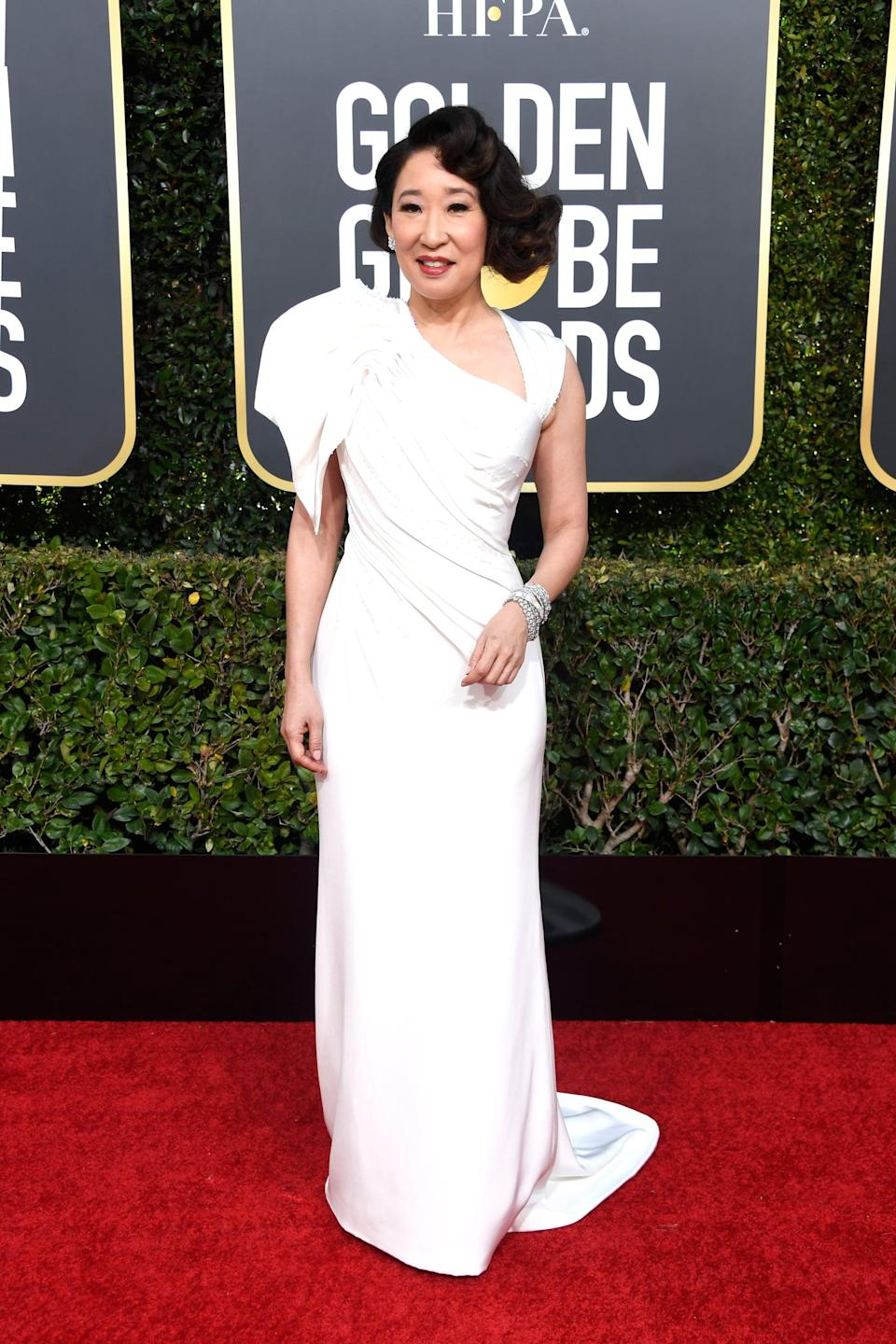<p>Wearing an Atelier Versace gown with Forevermark jewels.</p>