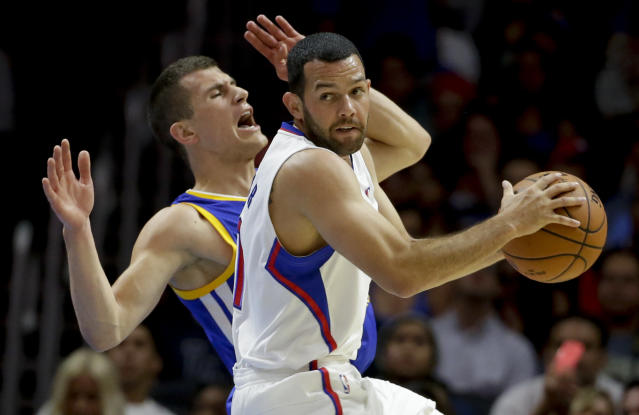 Source: Clippers to buy out Jordan Farmar's contract