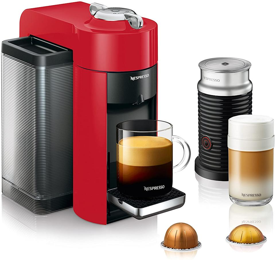 Nespresso Vertuo Machine by De'Longhi with Aeroccino Milk Frother in red. Image via Amazon.