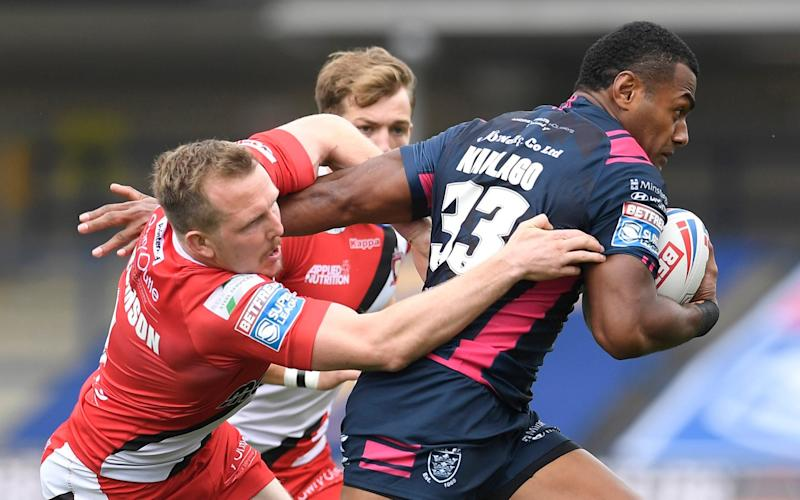 Dan Sarginson of Salford Red Devils attempts to tackle Ratu Naulago of Hull FC during the Betfred Super League match between Salford Red Devils and Hull FC at Emerald Headingley Stadium on August 09, 2020 in Leeds, England.  - GETTY IMAGES