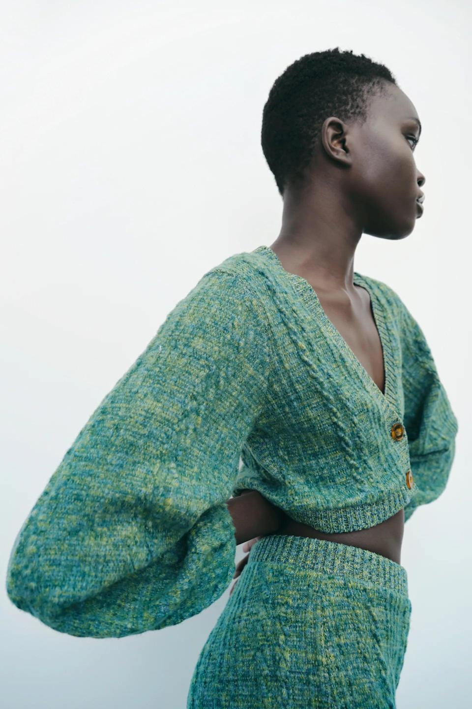 <p>Get yourself this <span>Zara Green Marl Sweater</span> ($40) and <span>Soft Crop Top</span> ($26) for fall, and thank us later. It's a cute option for day or night.</p>