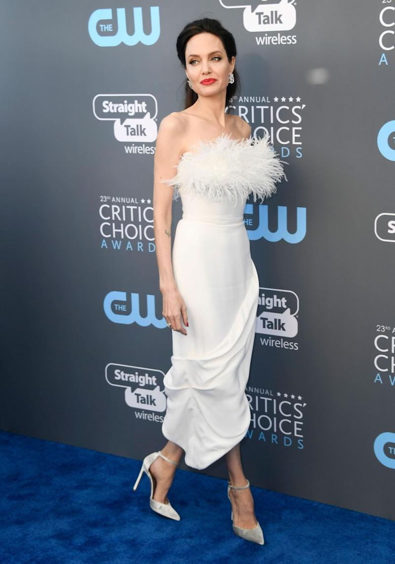 The 42-year-old actress stepped out in a stunning white gown, exuding elegance as she posed for photographers at the Hollywood event. Source: Getty
