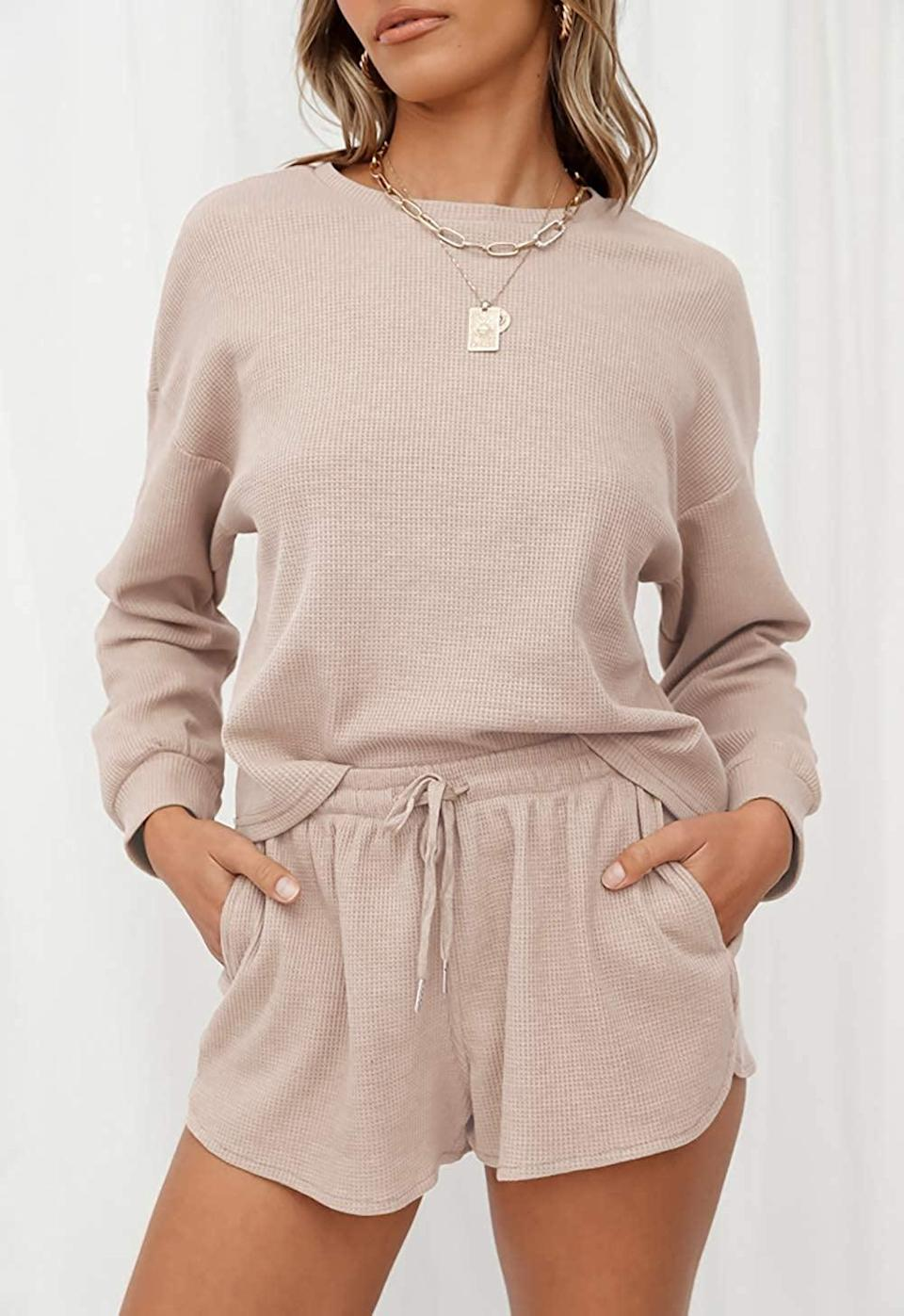 <p>This <span>Zesica Top and Shorts Lounge Set With Pockets</span> ($26-$30) is perfection.</p>