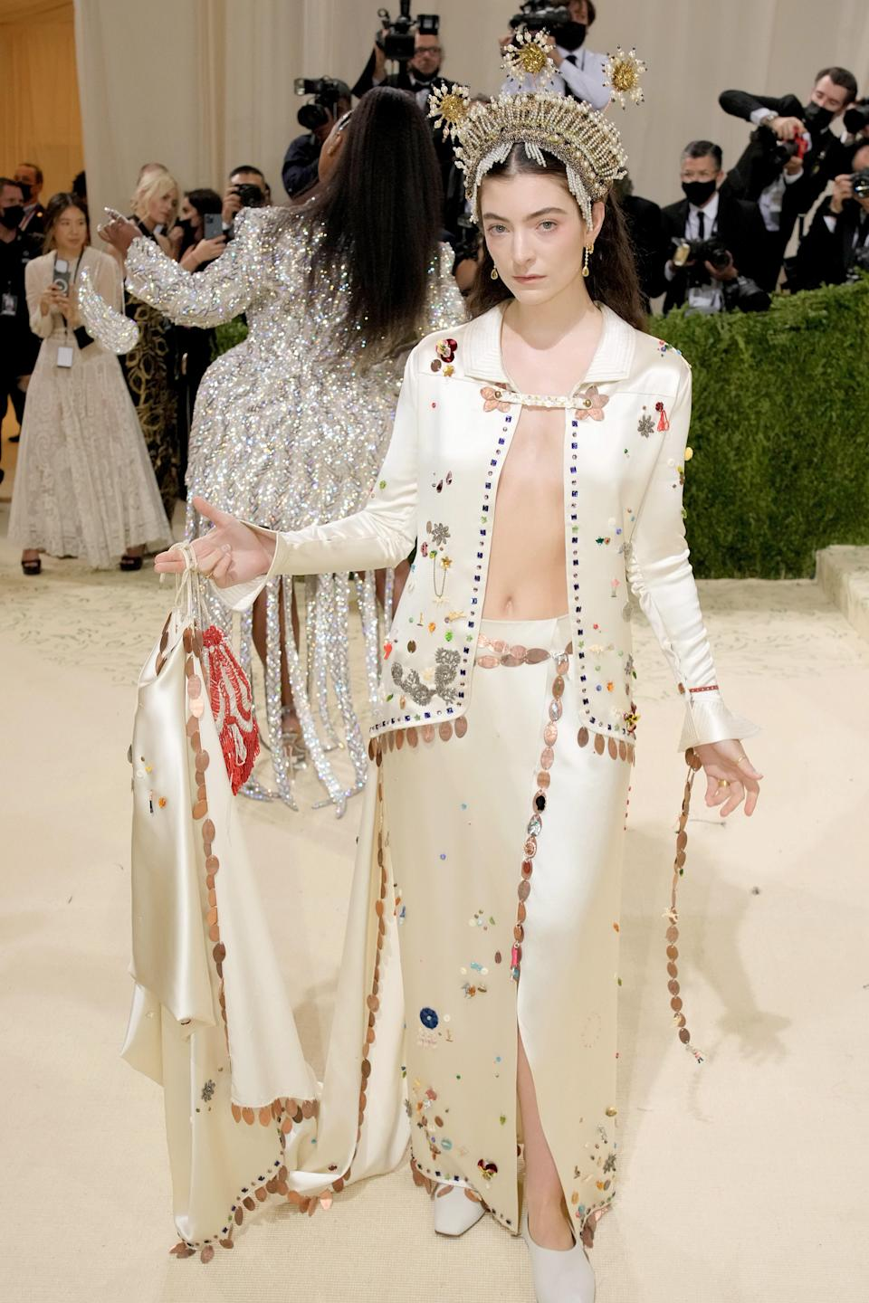 """<h1 class=""""title"""">Lorde, The 2021 Met Gala Celebrating In America: A Lexicon Of Fashion - Arrivals</h1><cite class=""""credit"""">Getty</cite>"""