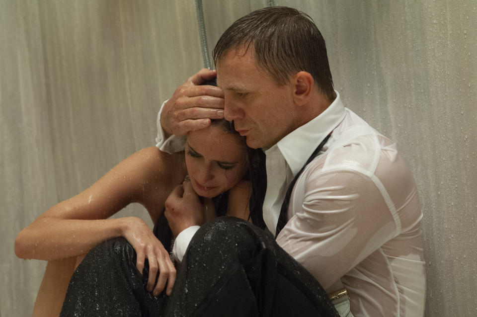 Daniel Craig as James Bond in the 007 action adventure CASINO ROYALE, from Metro-Goldwyn Mayer Pictures and Columbia Pictures through Sony Pictures Releasing.