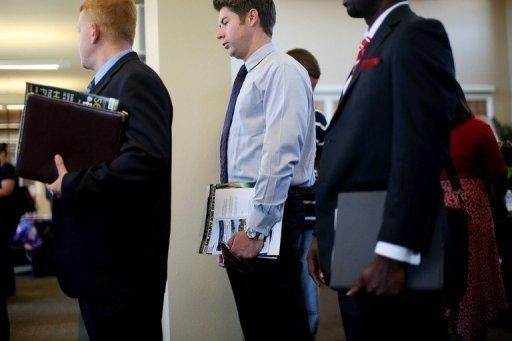 <p>People stand in line for interviews at the Opportunity Job Fair in San Diego, California. US President Barack Obama urged members of Congress to pass a series of measures stimulating economic growth and job creation as he blasted lawmakers for failing to do so before the November 6 elections.</p>