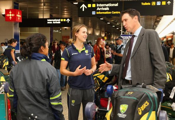 MELBOURNE, AUSTRALIA - OCTOBER 09:  James Sutherland the CEO of Cricket Australia speaks to Ellyse Perry and Lisa Sthalekar of the Southern Stars after they arrived home to Australia after winning the 2012 ICC Women's T20 World Cup, at Melbourne International Airport on October 9, 2012 in Melbourne, Australia.  (Photo by Quinn Rooney/Getty Images)