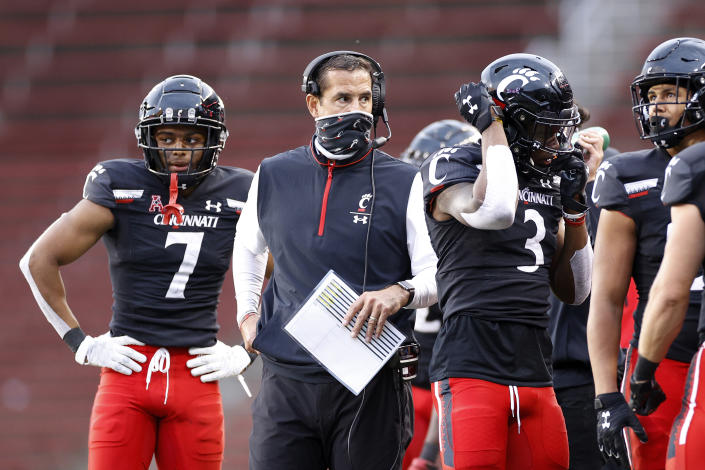CINCINNATI, OH - OCTOBER 03: Head coach Luke Fickell of the Cincinnati Bearcats looks on during a game against the South Florida Bulls at Nippert Stadium on October 3, 2020 in Cincinnati, Ohio. Cincinnati won 28-7. (Photo by Joe Robbins/Getty Images)
