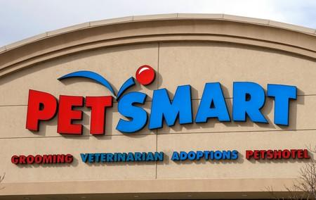 PetSmart subsidiary sets share price higher than expected