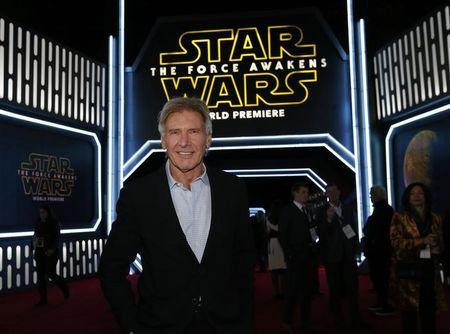 "Ator Harrison Ford na estreia do filme ""Star Wars: O Despertar da Força"" em Hollywood, Estados Unidos"