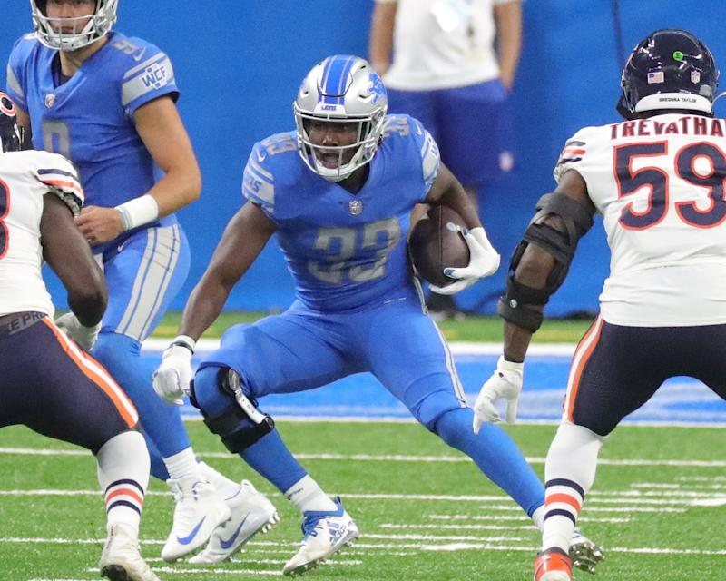 Lions running back Kerryon Johnson runs the ball during the first half at Ford Field on Sunday, Sept. 13, 2020.