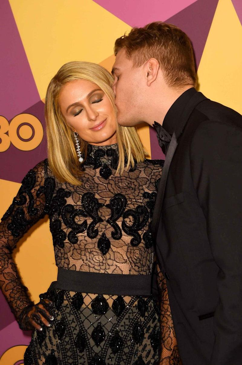 Paris and Chris looked totally loved-up at the HBO Golden Globes after party. Source: Getty