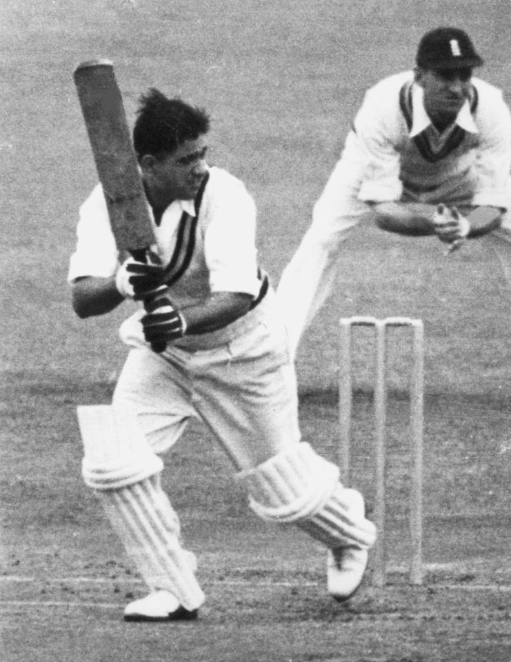 1952:  Vinoo Mankad (Mulvantrai Himmatlal Mankad 1917 - 1978) batting for India against England in a test match at Manchester.  (Photo by Central Press/Getty Images)