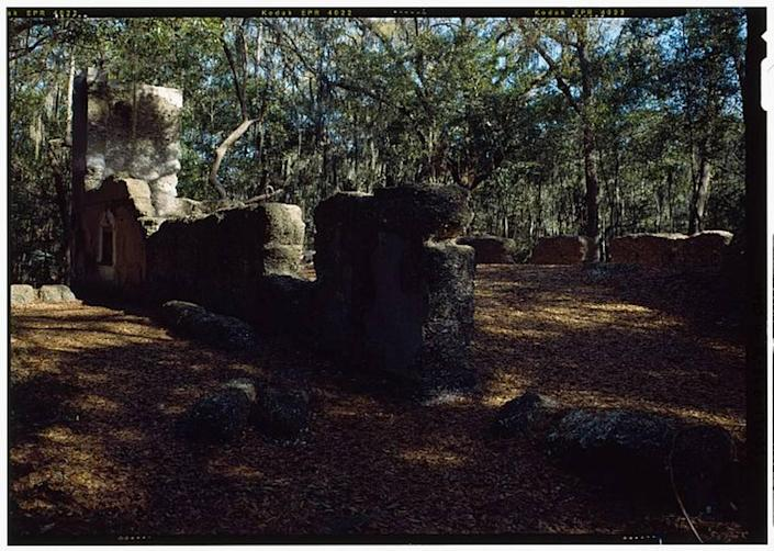 Ruins from the Stoney/ Baynard Plantation house in present day Sea Pines on Hilton Head Island. The plantation enslaved 129 people as of 1861.