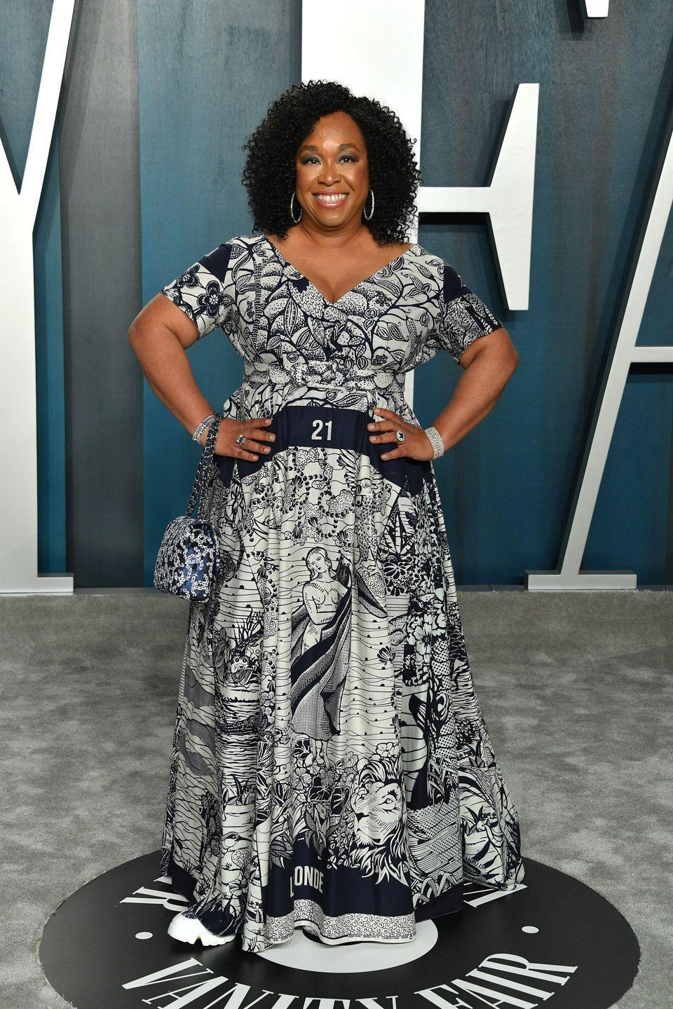 """<p>Creator of <em>Grey's Anatomy </em>and <em>Scandal</em> Shonda Rhimes didn't lose weight to meet a certain beauty standard, she did it to feel her best internally. """"I did it because I could not walk up a short flight upstairs without stopping to take a break and wiping sweat from my brow. I did it because my body was physically rebelling against the brain that had been ignoring it for so long,"""" Rhimes wrote in her newsletter, <em>Shondaland</em>, per <em><a href=""""https://www.health.com/weight-loss/shonda-rhimes-weight-loss"""" rel=""""nofollow noopener"""" target=""""_blank"""" data-ylk=""""slk:Health"""" class=""""link rapid-noclick-resp"""">Health</a>.</em> Rhimes told <em><a href=""""https://www.eatthis.com/shonda-rhimes/"""" rel=""""nofollow noopener"""" target=""""_blank"""" data-ylk=""""slk:Eat This, Not That"""" class=""""link rapid-noclick-resp"""">Eat This, Not That</a> </em>that she hired a personal trainer and does Pilates. """"I eat everything I want to eat but I try to make it much less and smaller portions,"""" she said.</p>"""