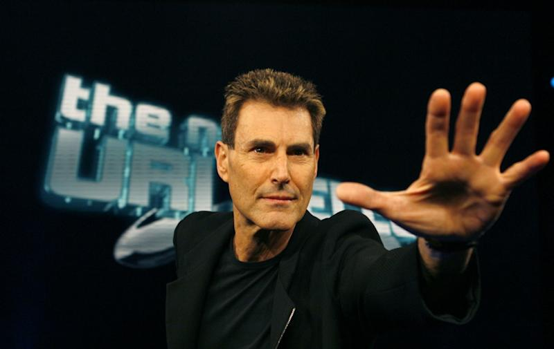 Malaysian Airlines Flight MH370: Uri Geller Uses Psychic Powers to Determine Fate of Flight