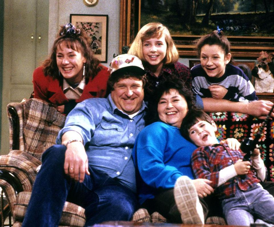 """<p><strong>Original run: </strong>1988-1997, ABC<br><strong>Reboot status: </strong>ABC announced the return of the Connor clan, via an eight-episode run featuring the original cast, at their upfront presentation in May. Production <a rel=""""nofollow"""" href=""""https://www.yahoo.com/tv/roseanne-boot-bring-dan-back-172546226.html"""" data-ylk=""""slk:will begin in October;outcm:mb_qualified_link;_E:mb_qualified_link;ct:story;"""" class=""""link rapid-noclick-resp yahoo-link"""">will begin in October</a>, and the series is expected to return in 2018.<strong><br></strong>(Photo: Everett Collection) </p>"""
