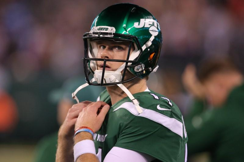 FILE PHOTO: NFL: New England Patriots at New York Jets