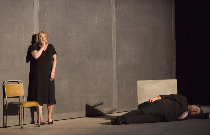 This photo provided by the Houston Grand Opera shows Nina Stemme, left, as Isolde and Ben Heppner as Tristan performing in Houston Grand Opera's Tristan and Isolde in Houston. (AP Photo/Houston Grand Opera, Felix Sanchez)