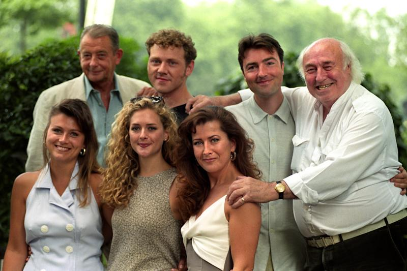 SOME OF THE CAST OF HEARTBEAT (L-R TOP). DEREK FOWLDS (SERGEANT BLAKETON), MARK JORDON (PC BELLAMY), NICK BERRY (PC NICK ROWAN), AND BILL MAYNARD (GREENGRASS). (L-R BOTTOM) TRICIA PENROSE (BARMAID GINA) JULIETTE GRUBER (SCHOOLTEACHER JO WESTON) & KAZIA PELKA (Photo by Fiona Hanson - PA Images/PA Images via Getty Images)