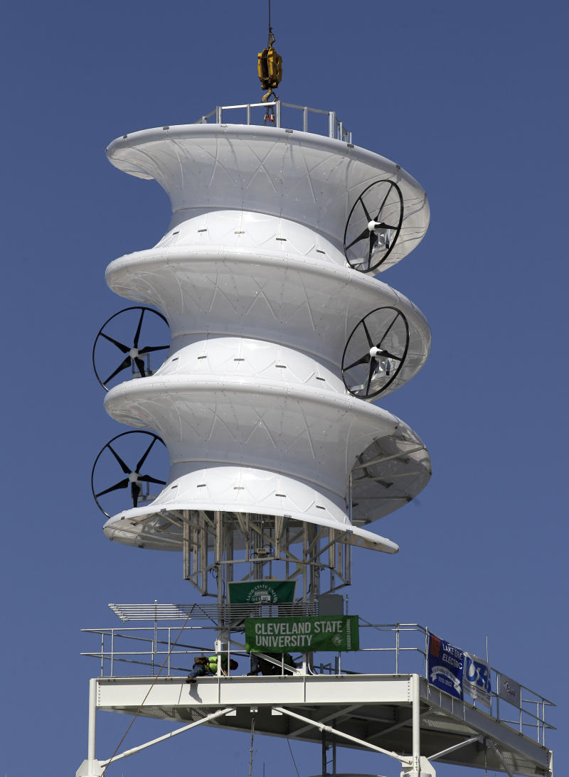 Indians install wind turbine at ballpark