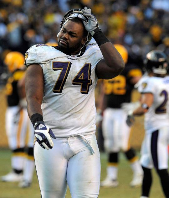 blind side michael oher essay Book: the blind side: evolution of a game by michael lewis  michael writes  his essay at a table in the tuohy's home  one of the 600 guys think about giving  up and joining with the other side (michael oher is that one guy).