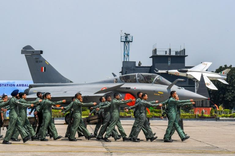 India hails 'game-changer' French jets as China tensions soar