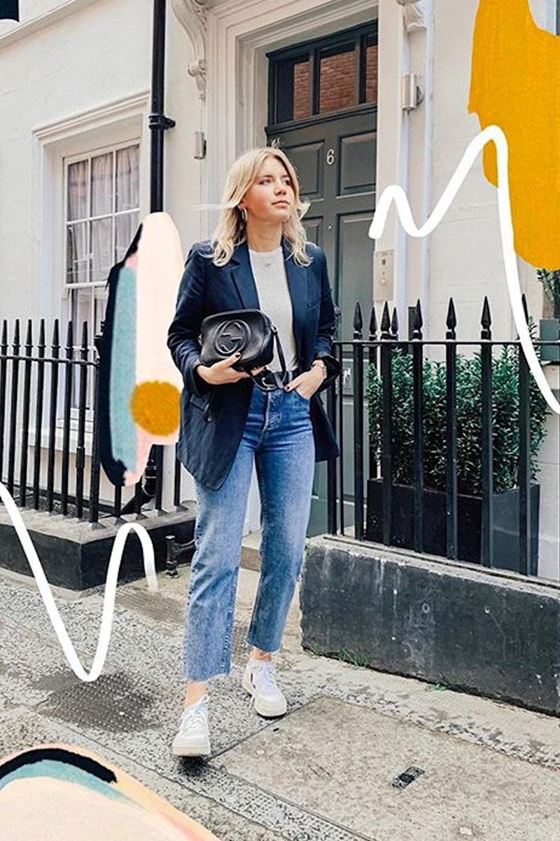 0f5edef6a1c Style Notes: Emma Hill's way of wearing her sneakers is simple—a pair of  blue jeans, a trench coat and a basket bag.