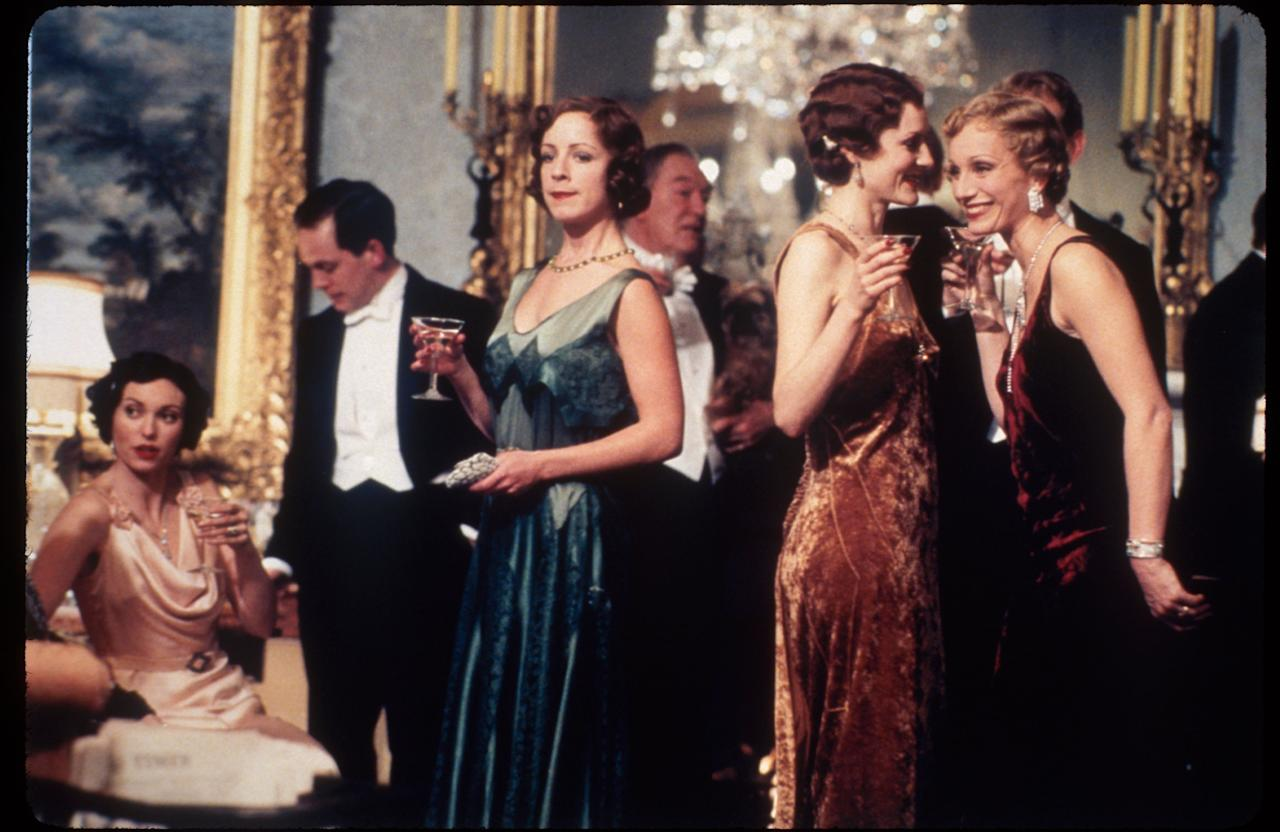 <p>Is there anything more English than Colin Firth and a royal palace? </p>