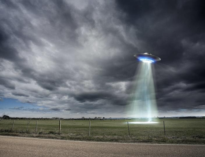 """<span class=""""caption"""">Many people who say they have seen UFOs are either dog walkers or smokers</span> <span class=""""attribution""""><a class=""""link rapid-noclick-resp"""" href=""""https://www.gettyimages.com/detail/photo/ufo-royalty-free-image/96417466?adppopup=true"""" rel=""""nofollow noopener"""" target=""""_blank"""" data-ylk=""""slk:Aaron Foster/THeImage Bank/Getty Images"""">Aaron Foster/THeImage Bank/Getty Images</a></span>"""