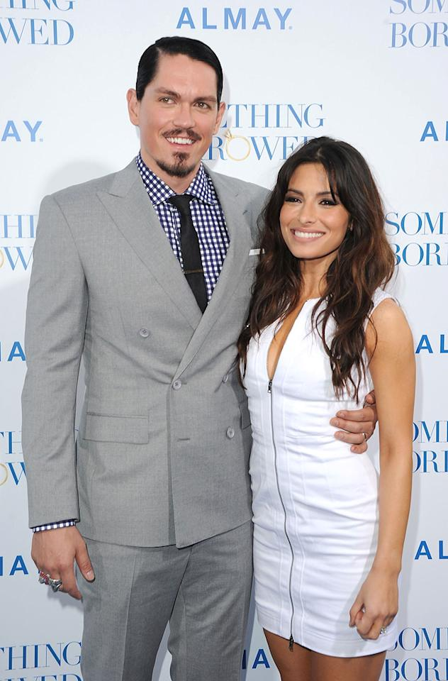"""<a href=""""http://movies.yahoo.com/movie/contributor/1807455873"""">Steve Howey</a> and <a href=""""http://movies.yahoo.com/movie/contributor/1804768278"""">Sarah Shah</a> attend the Los Angeles premiere of <a href=""""http://movies.yahoo.com/movie/1810158033/info"""">Something Borrowed</a> on May 3, 2011."""