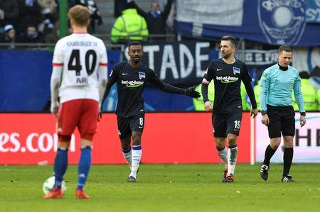 Soccer Football - Bundesliga - Hamburger SV vs Hertha BSC - Volksparkstadion, Hamburg, Germany - March 17, 2018 Hertha Berlin's Salomon Kalou celebrates scoring their second goal REUTERS/Fabian Bimmer