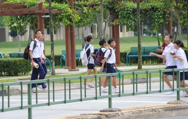 Singapore's education system will be changed to include the teaching of political values. (Yahoo! photo)