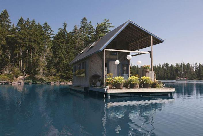"""<p>This floating 240-square-foot cabin is an off-the-grid summer escape for Maine couple Foy and Louisa Brown. Assembled onshore, a foundation of plastic floatation tubs, Styrofoam, and pontoons was then towed to sea, and the cottage was built above it, using mostly pine shiplap. Louisa carries water out daily via canoe for a tank that fills the shower and kitchen; at night, candles, oil lamps, and solar lights illuminate the home. </p><p><strong><a class=""""link rapid-noclick-resp"""" href=""""https://www.countryliving.com/home-design/house-tours/g1924/floating-cabin-maine/"""" rel=""""nofollow noopener"""" target=""""_blank"""" data-ylk=""""slk:SEE INSIDE"""">SEE INSIDE</a></strong></p>"""