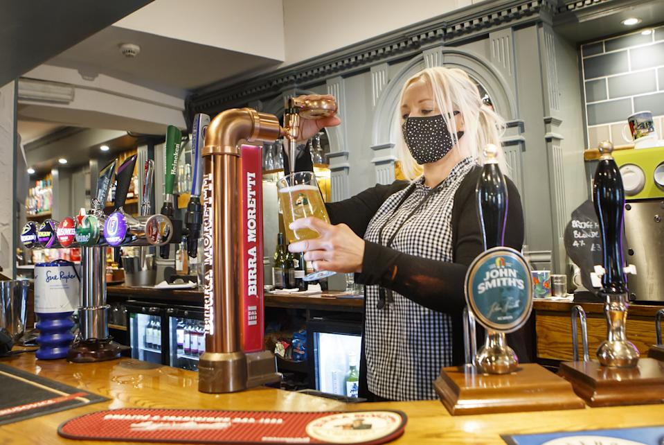 Have your say: Should England's 10pm pub curfew start earlier?
