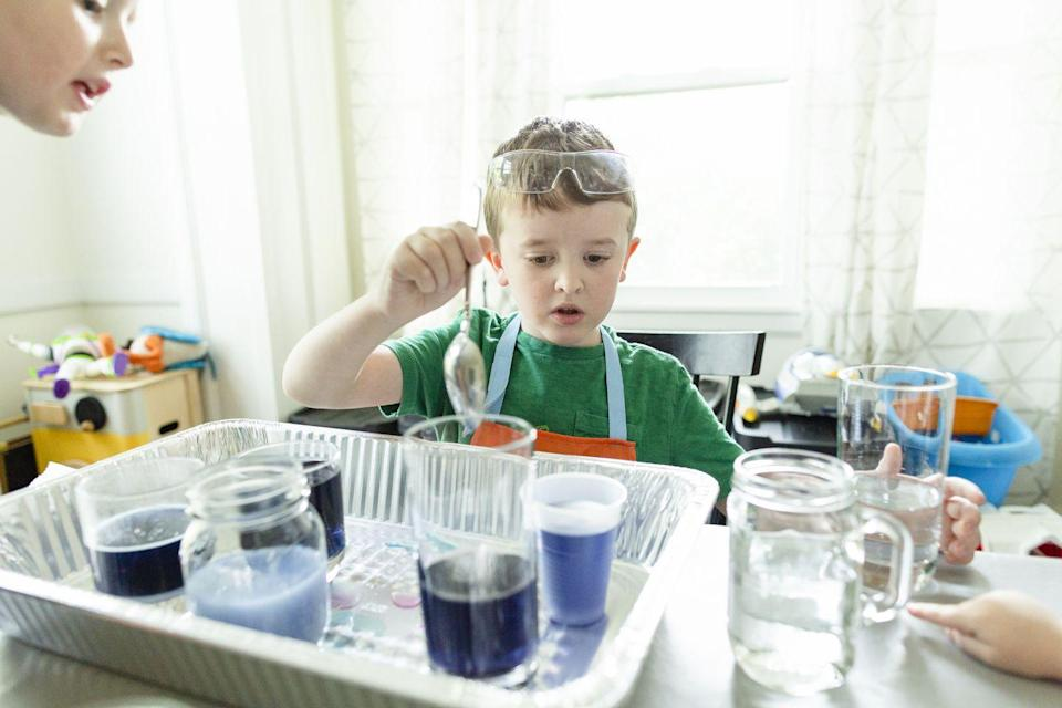 """<p>Keep your kids entertained with these easy experiments, using ordinary household items. <a href=""""https://www.madscience.org/"""" rel=""""nofollow noopener"""" target=""""_blank"""" data-ylk=""""slk:Mad Science"""" class=""""link rapid-noclick-resp"""">Mad Science</a> has a collection of experiments, which are compiled on their website with videos and downloadable instructions. Some of the projects that may appeal to your family: a soap-powered boat, balloon hovercraft, DIY sprinkler, and bottle barometer.<br></p><p><a href=""""https://www.kc-education.com/"""" rel=""""nofollow noopener"""" target=""""_blank"""" data-ylk=""""slk:KinderCare Education"""" class=""""link rapid-noclick-resp"""">KinderCare Education</a> is also offering a weekly at-home activity hub with guides for all ages to help families stay active and engaged at home. Dr. Elanna Yalow, chief academic officer at KinderCare, recommends some other fun activities, like DIY scratch-paper fireworks, talking art, and a whole series of fun using ice.</p>"""