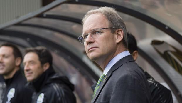 "Underrated and overlooked? Sounders sing ""player's coach"" Brian Schmetzer's praises"