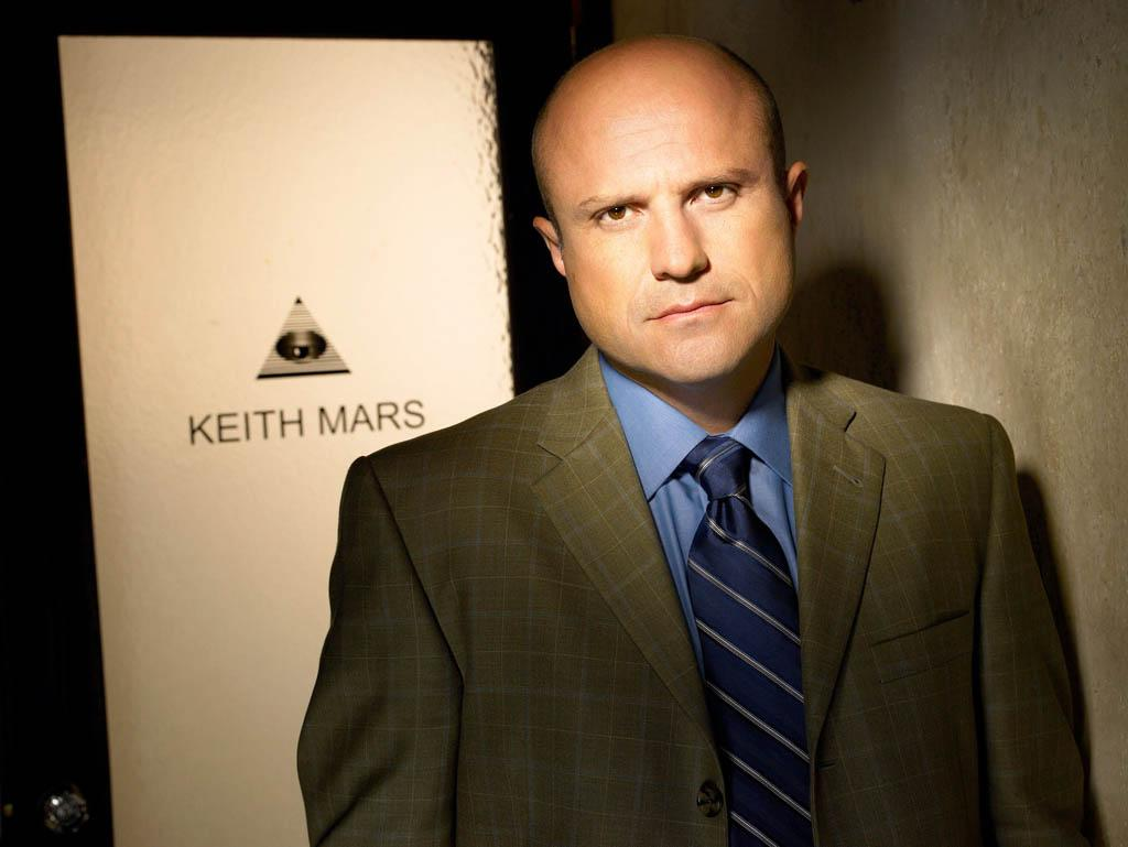 "Enrico Colantoni in ""Veronica Mars"" Season 3."