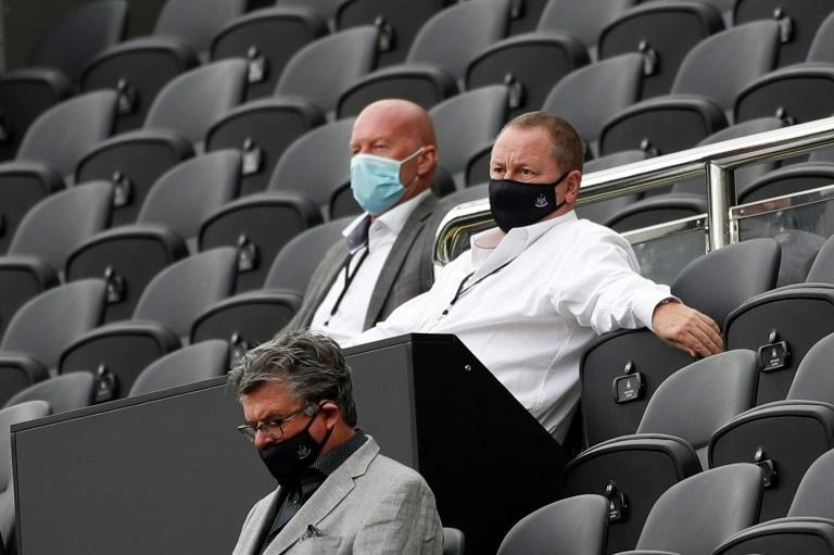 Newcastle United owner Mike Ashley (right)