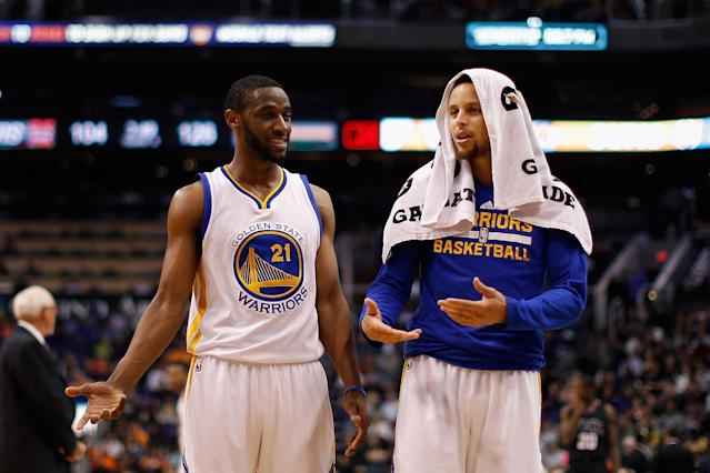 Ian Clark #21 and Stephen Curry #30 (Photo by Christian Petersen/Getty Images)