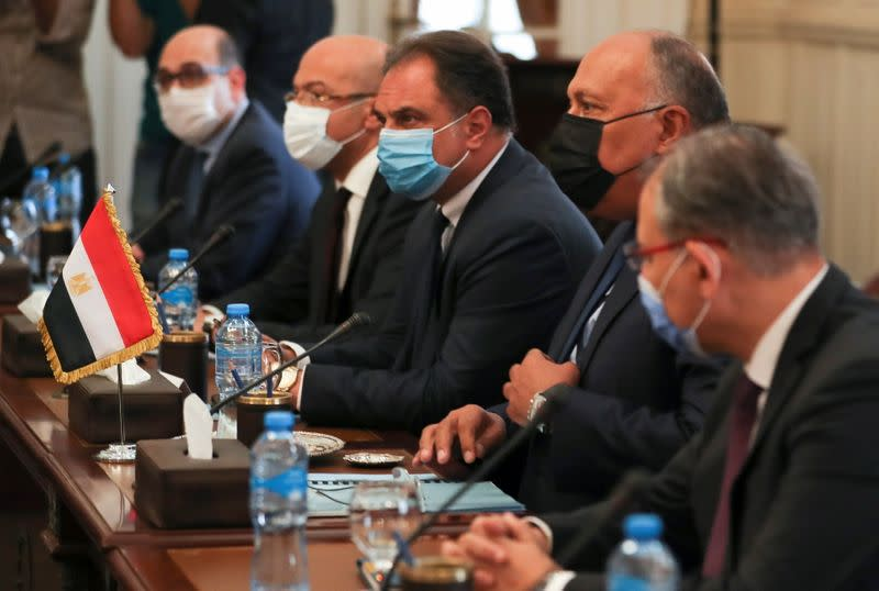 Egyptian Foreign Minister Shoukry meets with his Israeli counterpart Ashkenazi, in Cairo